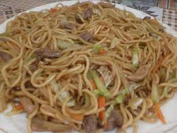 Pancit canton with chicken liver