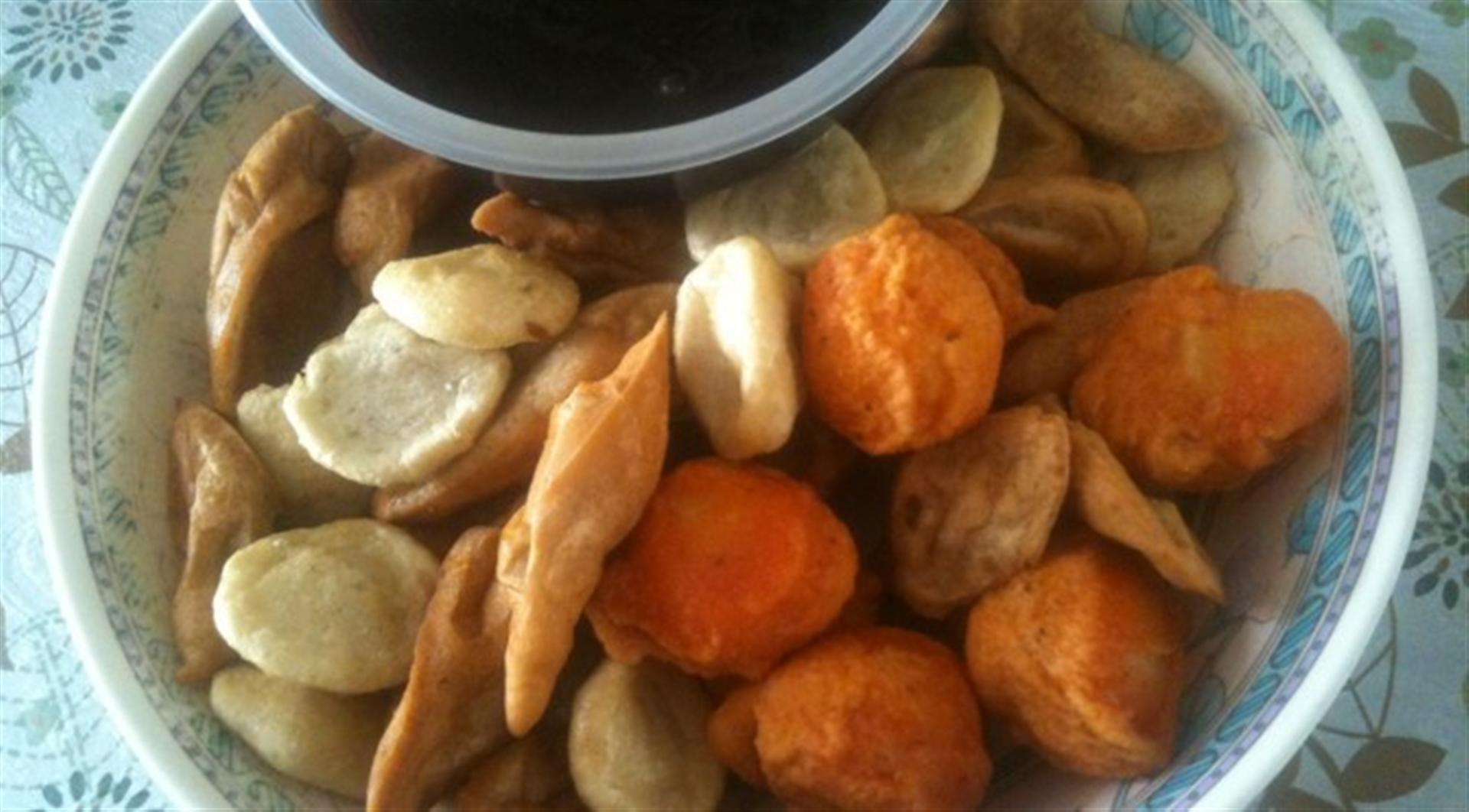 Kwek kwek homemade kikiam and fish balls in sweet for How to make fish ball