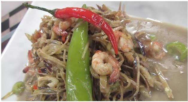 Ginatang Puso ng Saging with Crabs