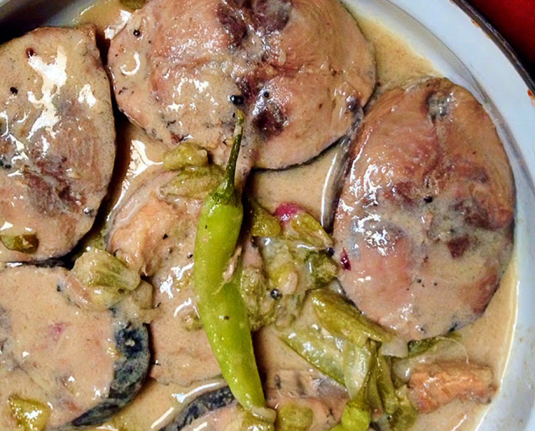 Original gintaang tambakol oragon bicol style recipe for Filipino fish recipes